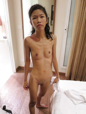 Wet shaved cunt